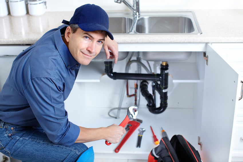 Un plombier professionnel : comment le trouver?