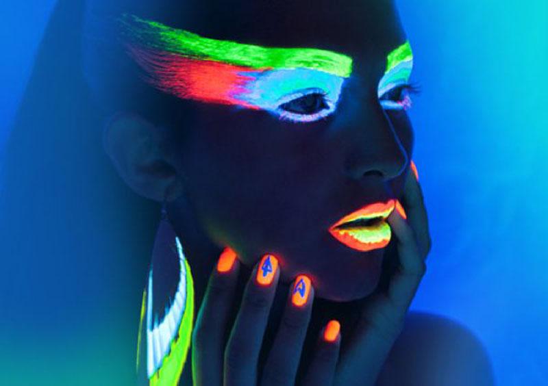 Tout savoir sur le maquillage fluorescent